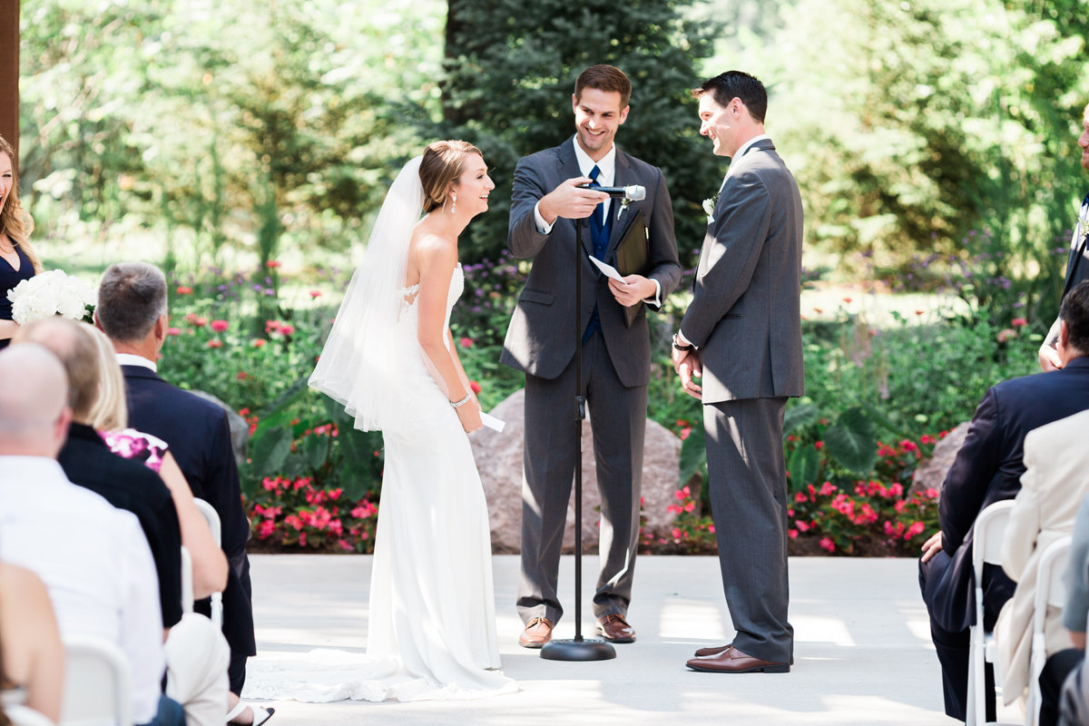 sentry_world_wedding_wisconsin_photography (3)