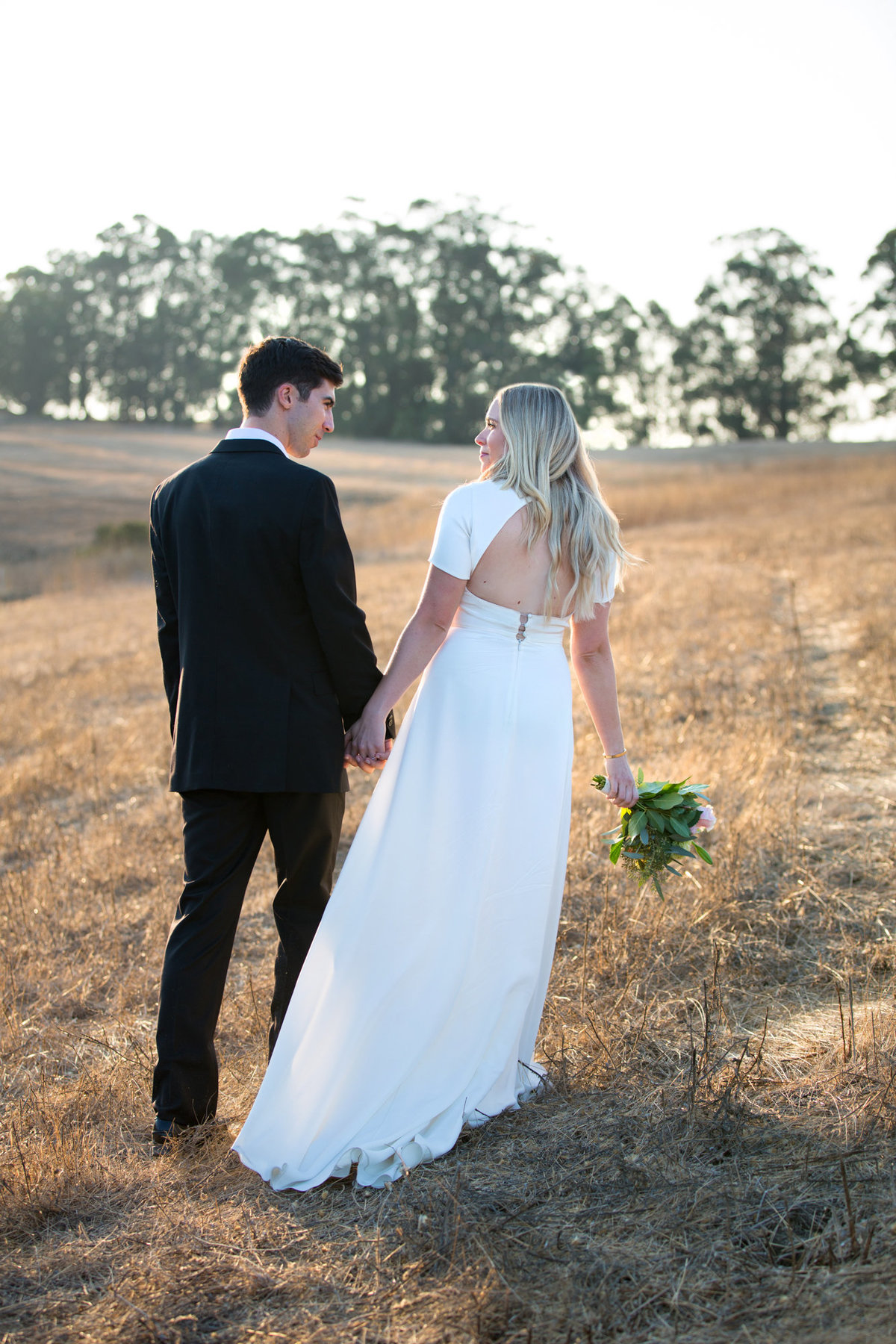 Sunset at Arastradero Park in Palo Alto for Beautiful Engagement Photos