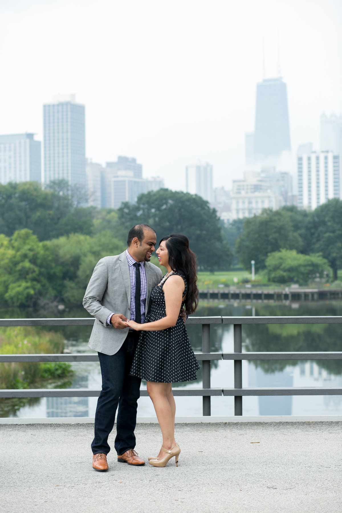 Lincoln-Park-Honeycomb-Engagement-02
