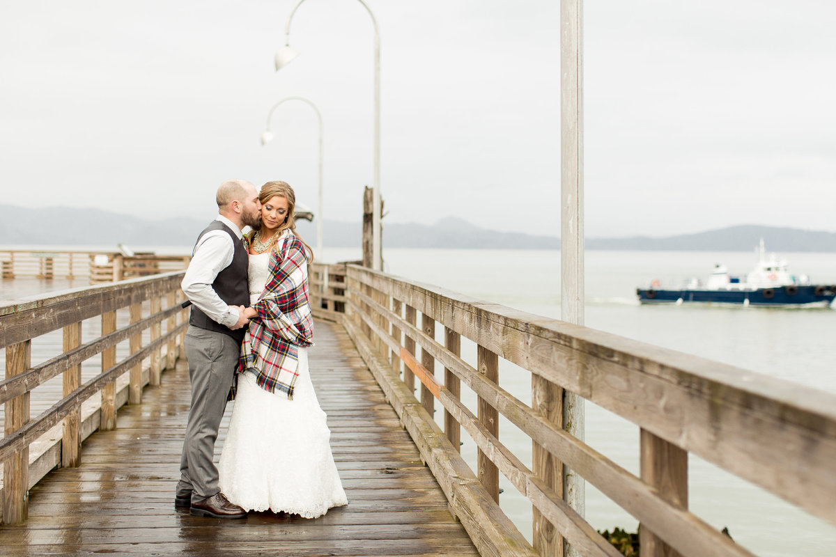 John + Jordan | Fort George Brewery | Astoria Oregon Wedding | Lifesong Photography (56 of 119)