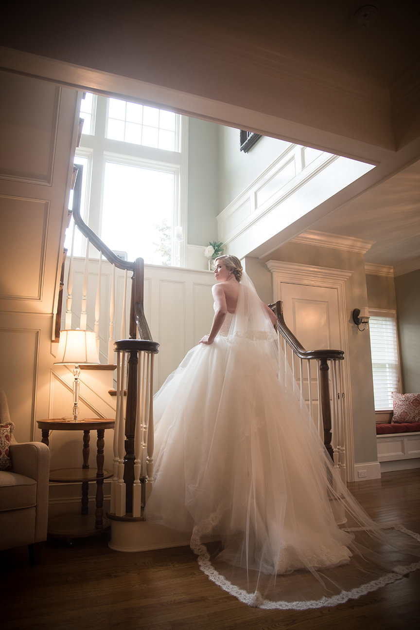 Bridal Portrait - Pine Hollow Country Club, New York - Imagine Studios Photography - Wedding Photographer