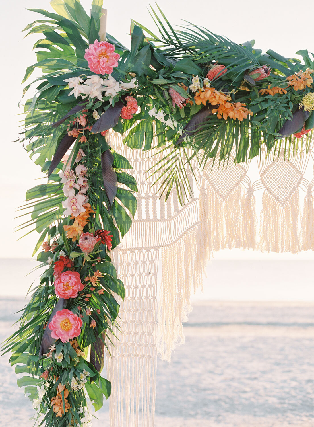 elegant-bohemian-tropical-december-destination-wedding-melanie-gabrielle-photography-martha-stewart-submission-003