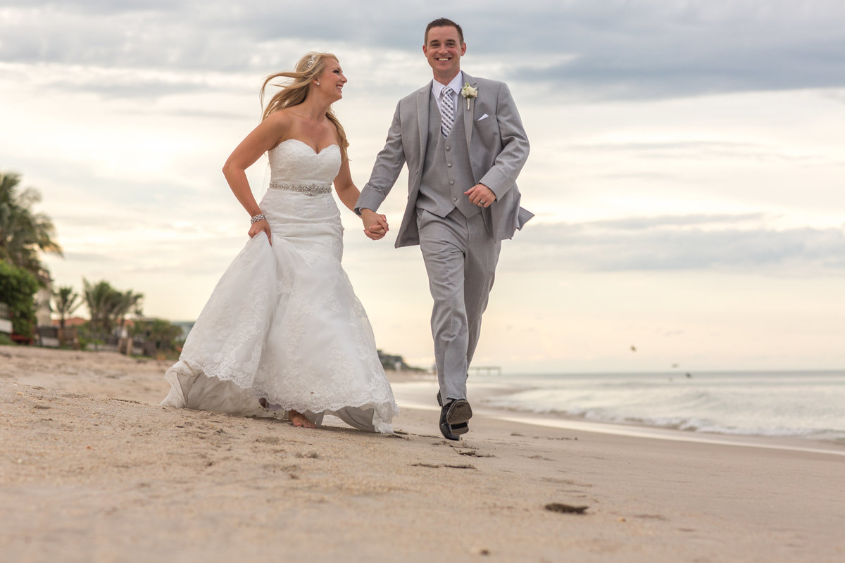 Wedding_Vero_Beach_Hotel_Photographer_Pink_Grey_009