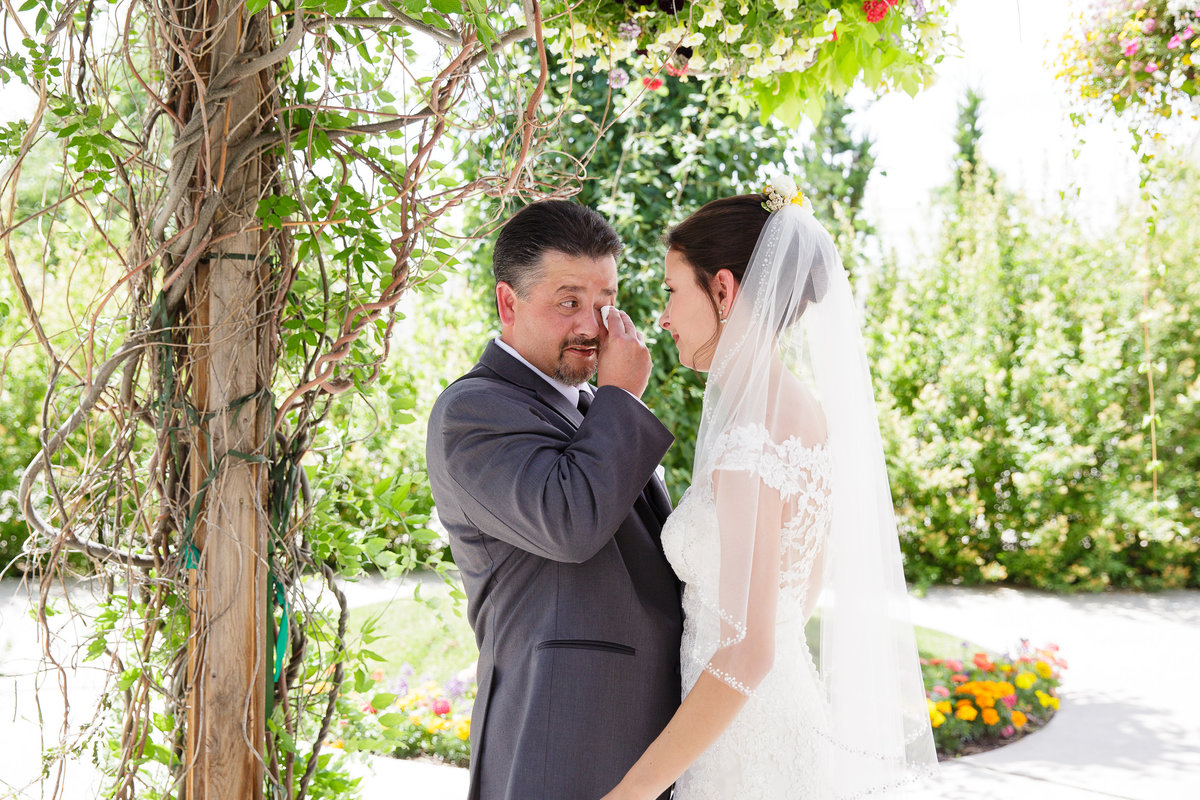 emotional-first-look-with-dad-Colorado-garden-wedding2