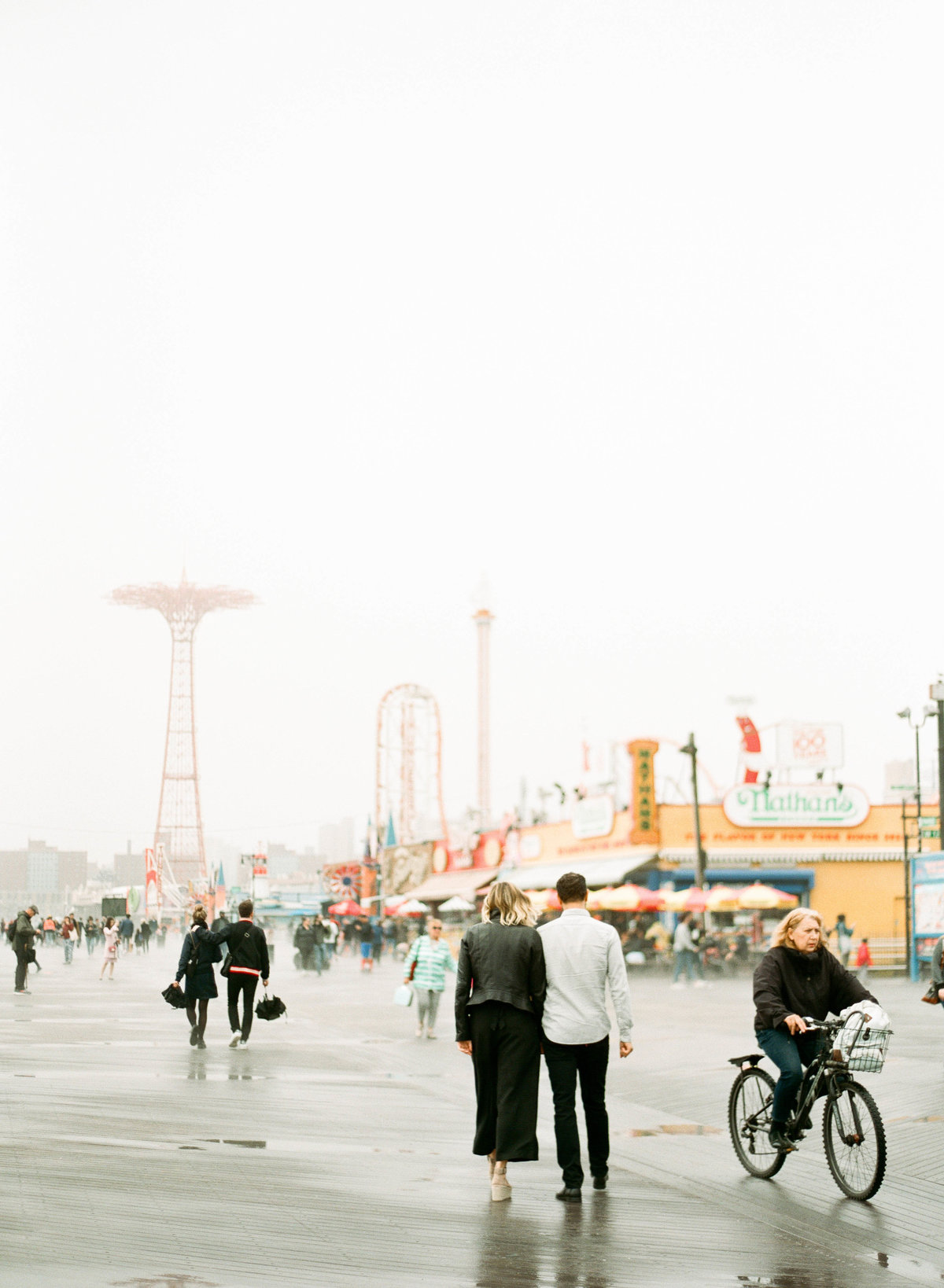coney-island-new-york-engagement-session-11