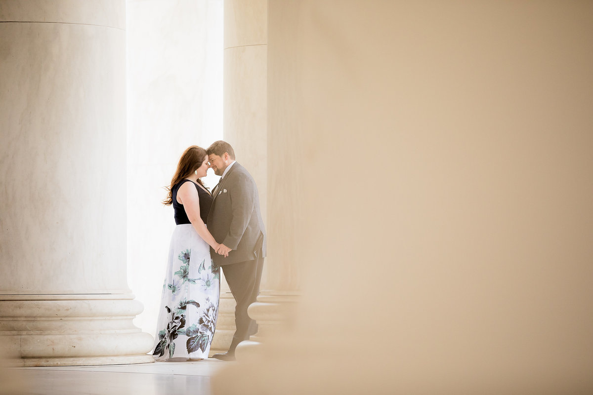 Couple in the Jefferson monument