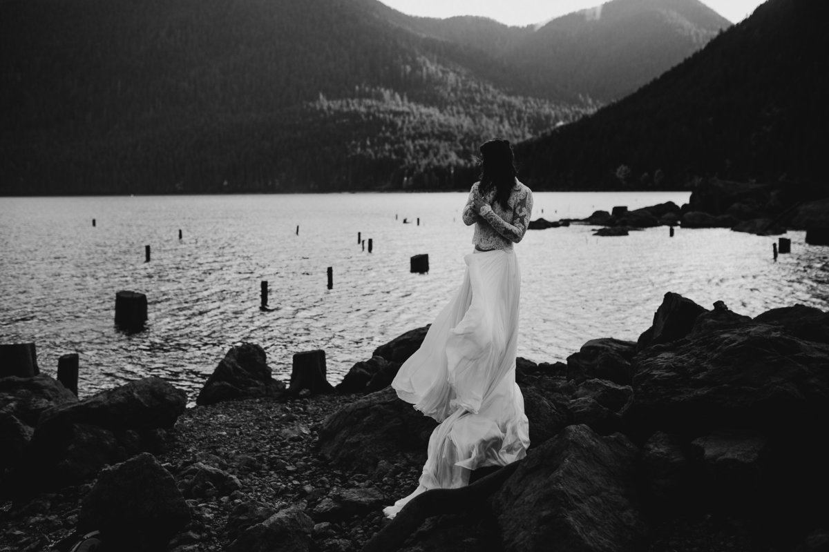 lakecushmanelopement-11