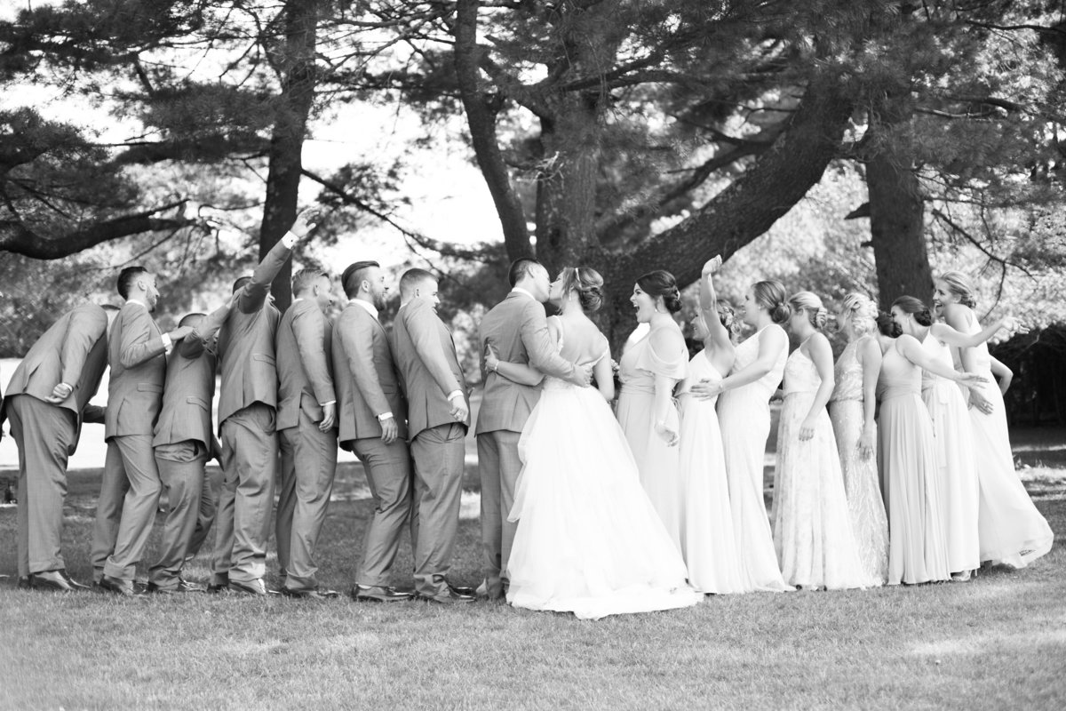 Hillview-Country-Club-NorthReading-MA-WeddingPhotography3826