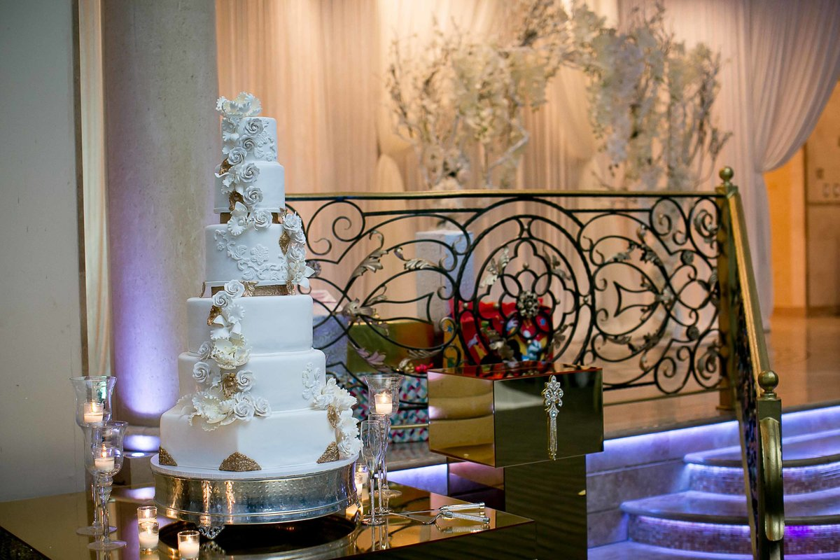 Los Angeles Wedding Cake_
