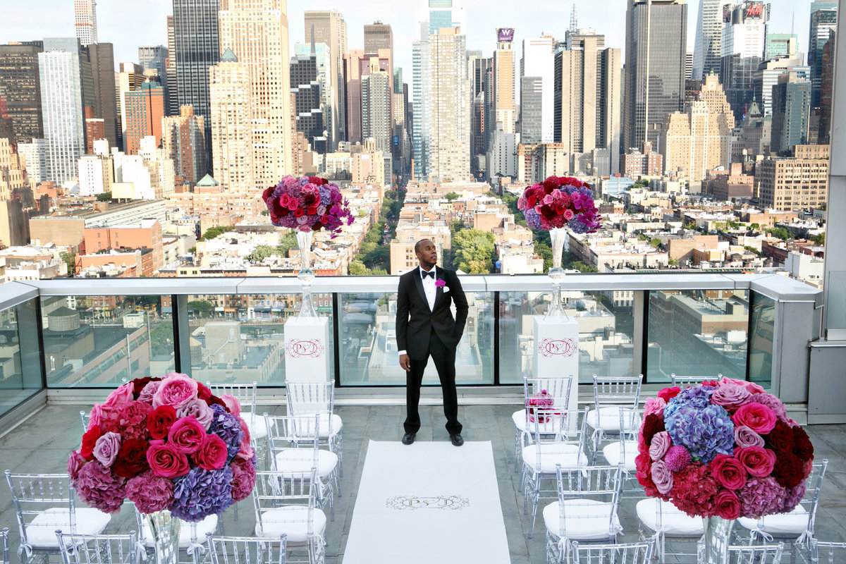 AmyAnaiz__Intimate_Elopement_Wedding_Ink48_Rooftop_Mantattan_New_York009