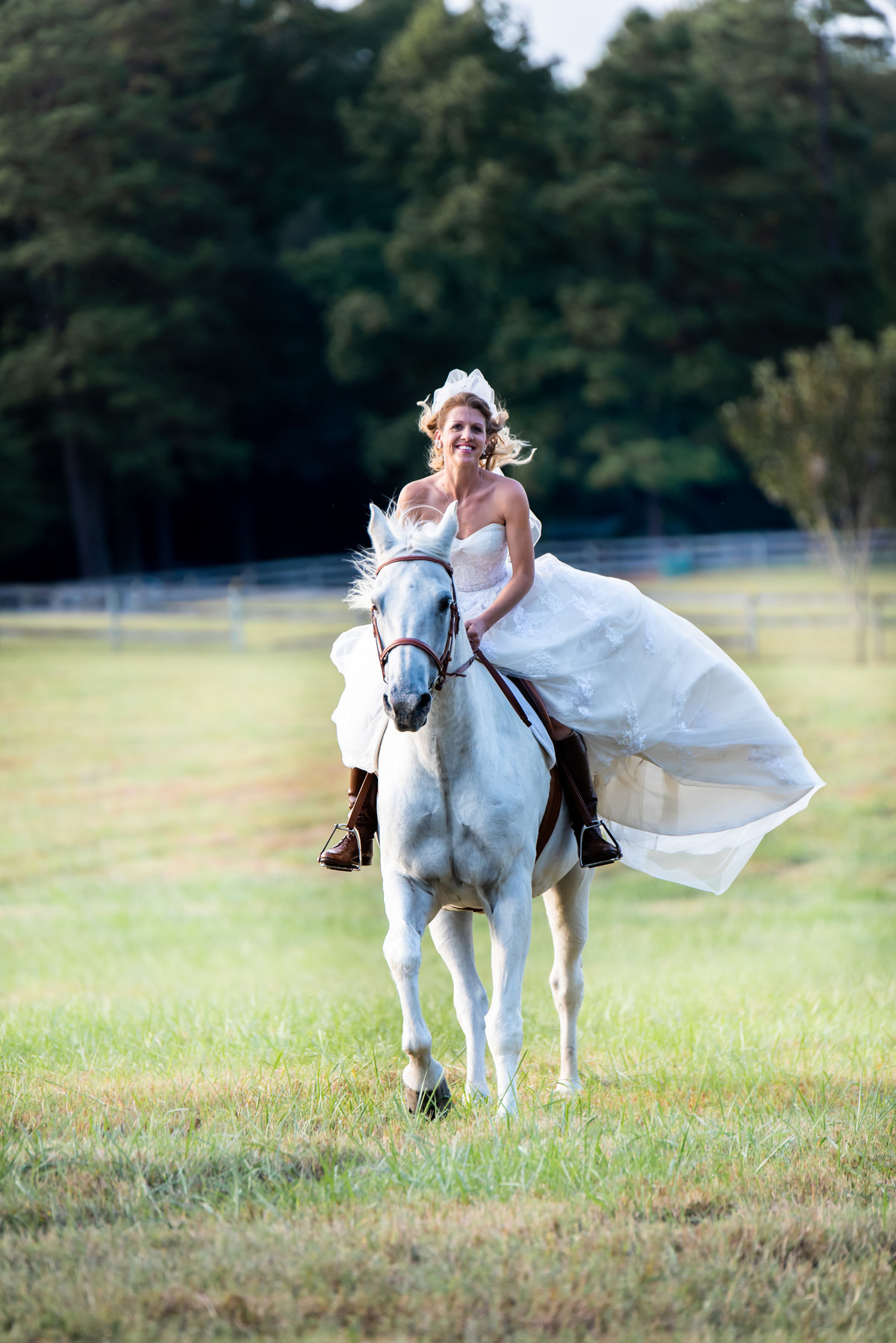 Bride galloping on horse.  Richmond  wedding photographer. Aniko Levai Photography.