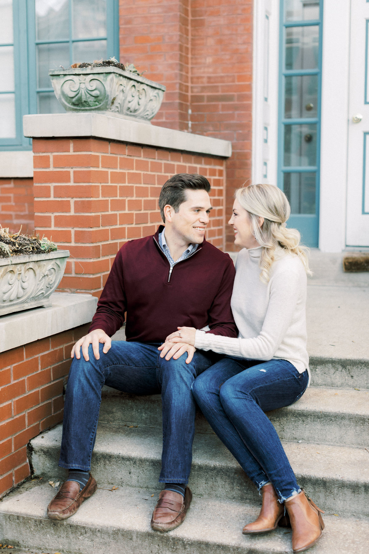 TiffaneyChildsPhotography-ChicagoWeddingPhotographer-AnneMarie+Connor-LincolnParkNatureBoardwalkEngagementSession-10