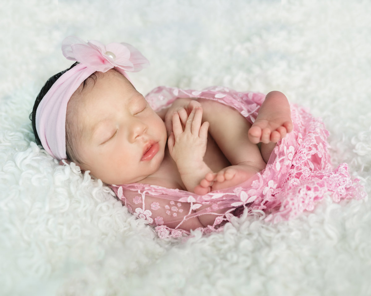Newborn Photos in Sulphur