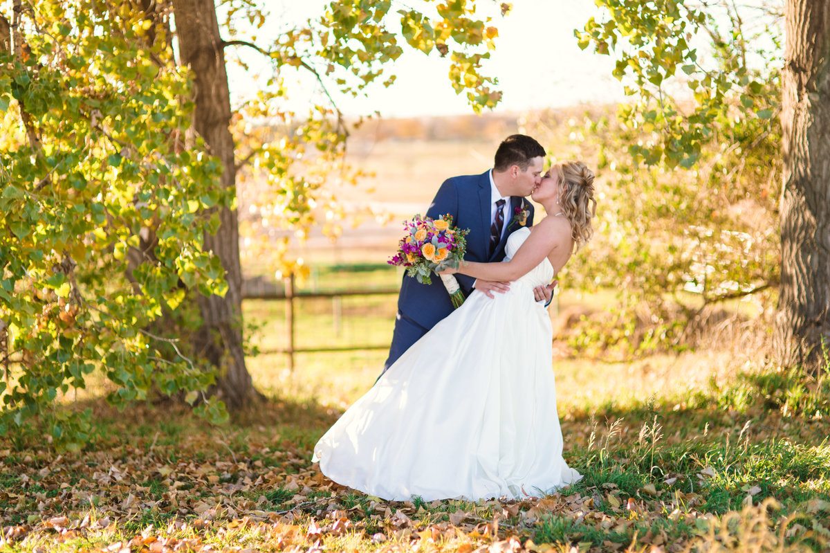 Williston Moss Wedding | North Dakota | Chelsy Weisz Photography-30