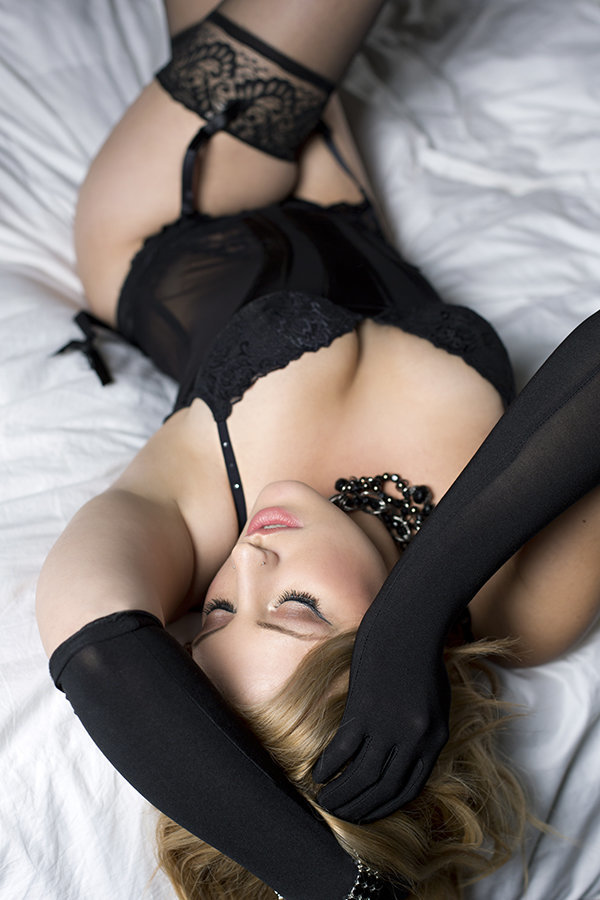 Columbus-boudoir-photography-ohio-boudoir-bridal-boudoir
