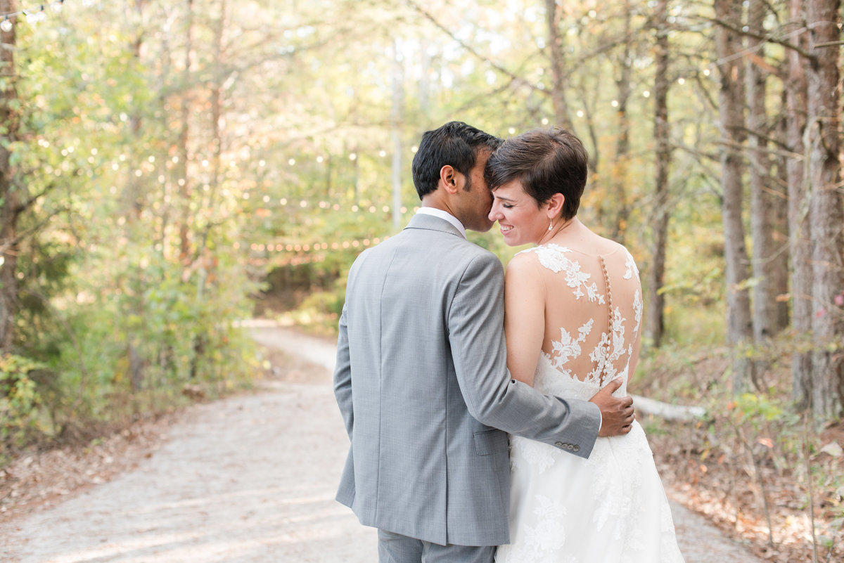 Romantic and Lush Meadows at Walnut Cove Styled Shoot0321