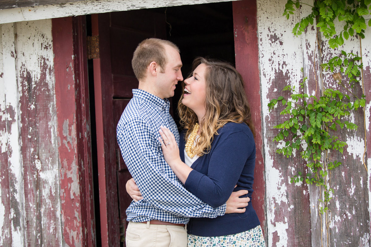 rustic engagment photos