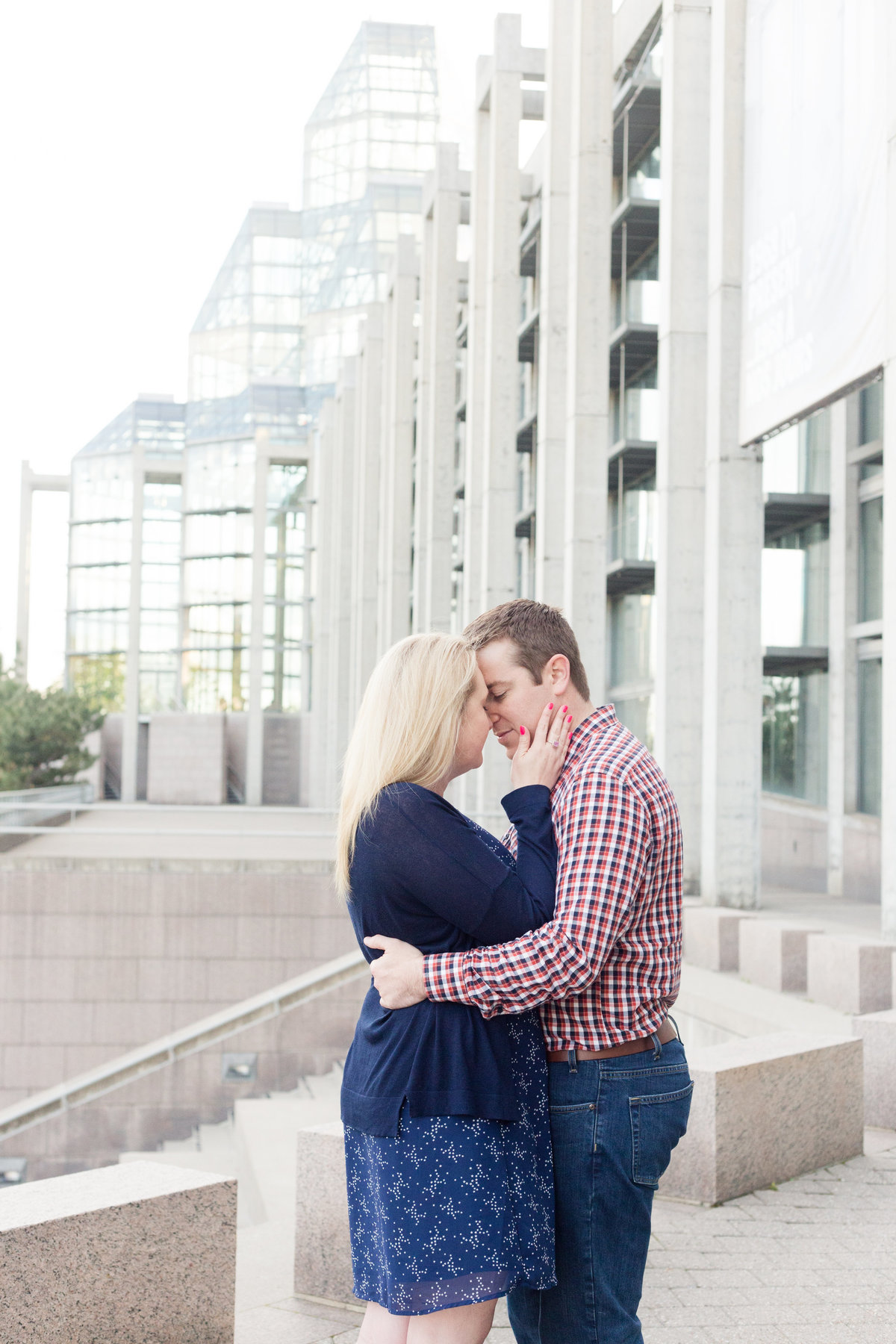 Ottawa-Wedding-Photographer-downtown-ottawa-engagement-89