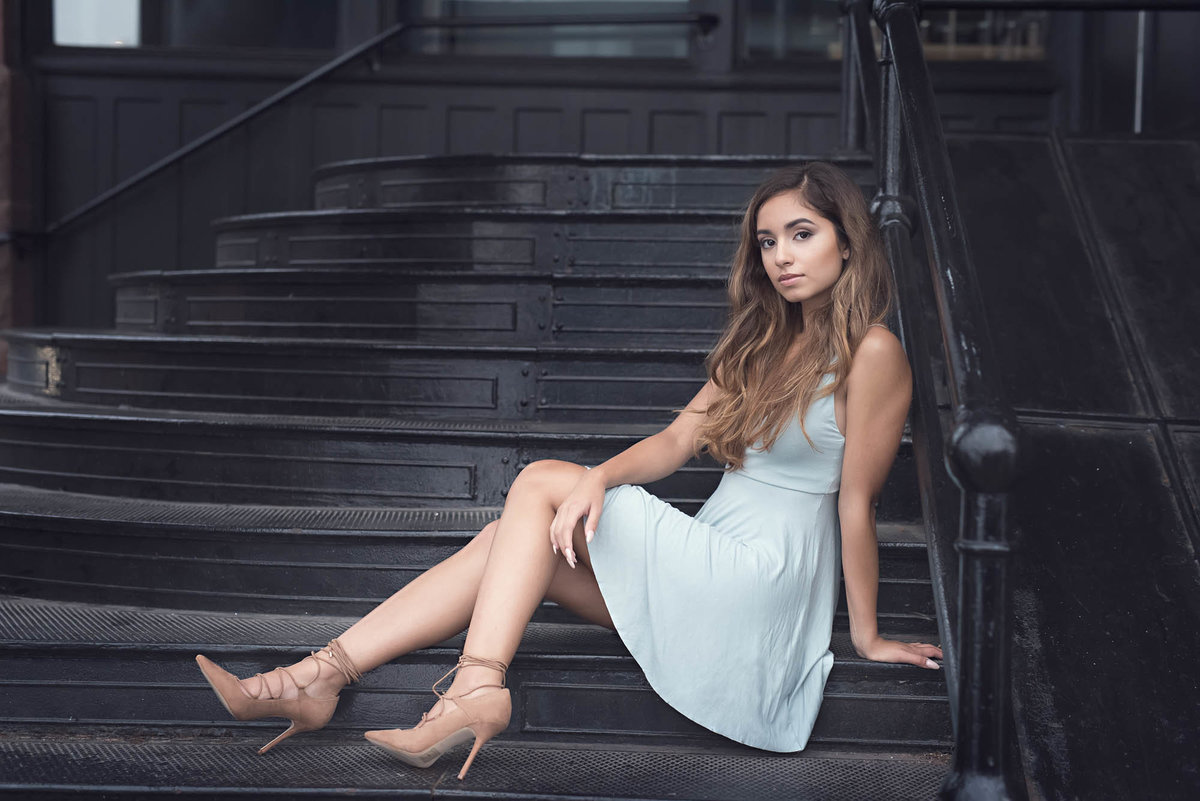 Glamorous senior pictures on steps latina Midwest