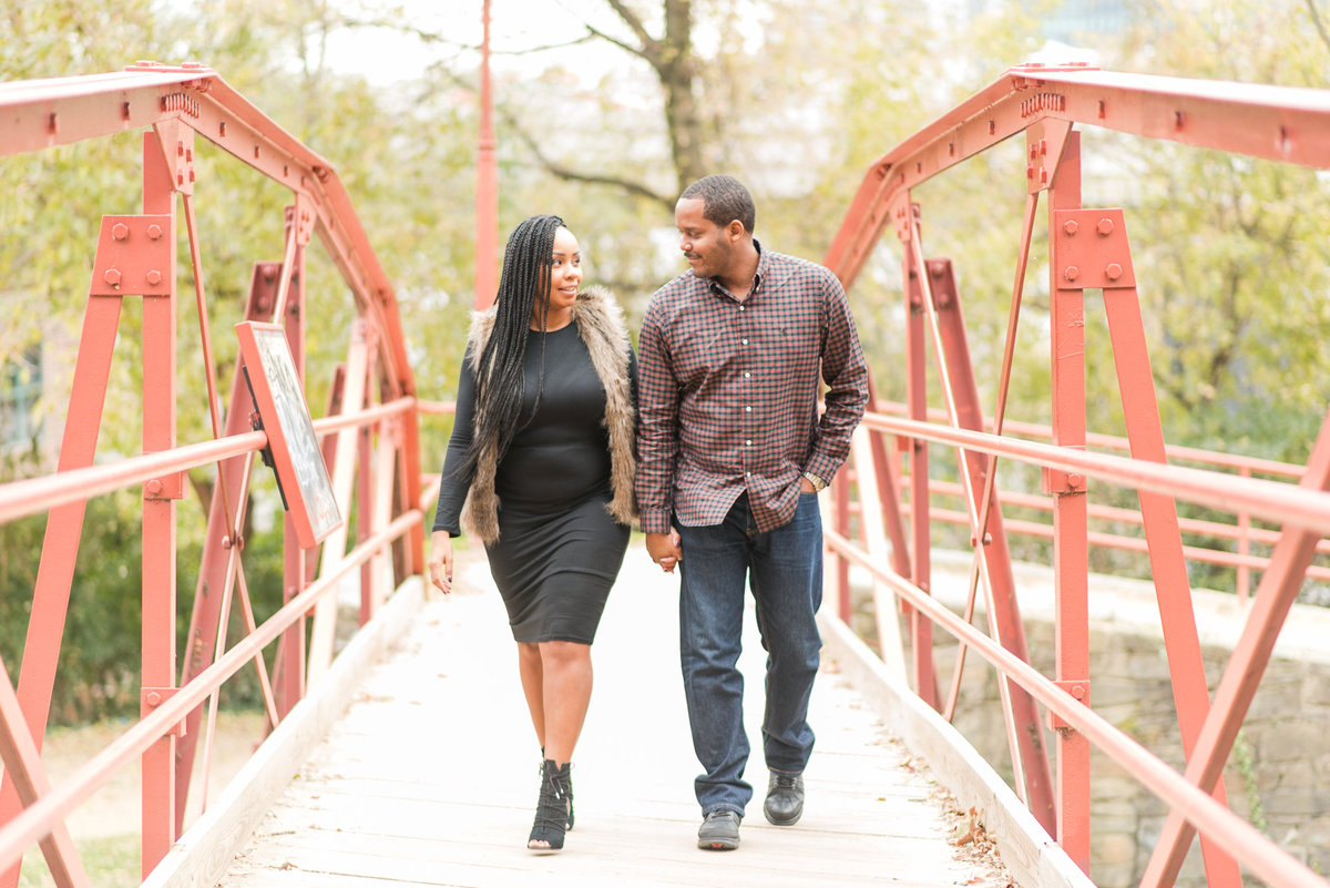 Brittney&Malcolm-FallMiniSession-Favorites-004