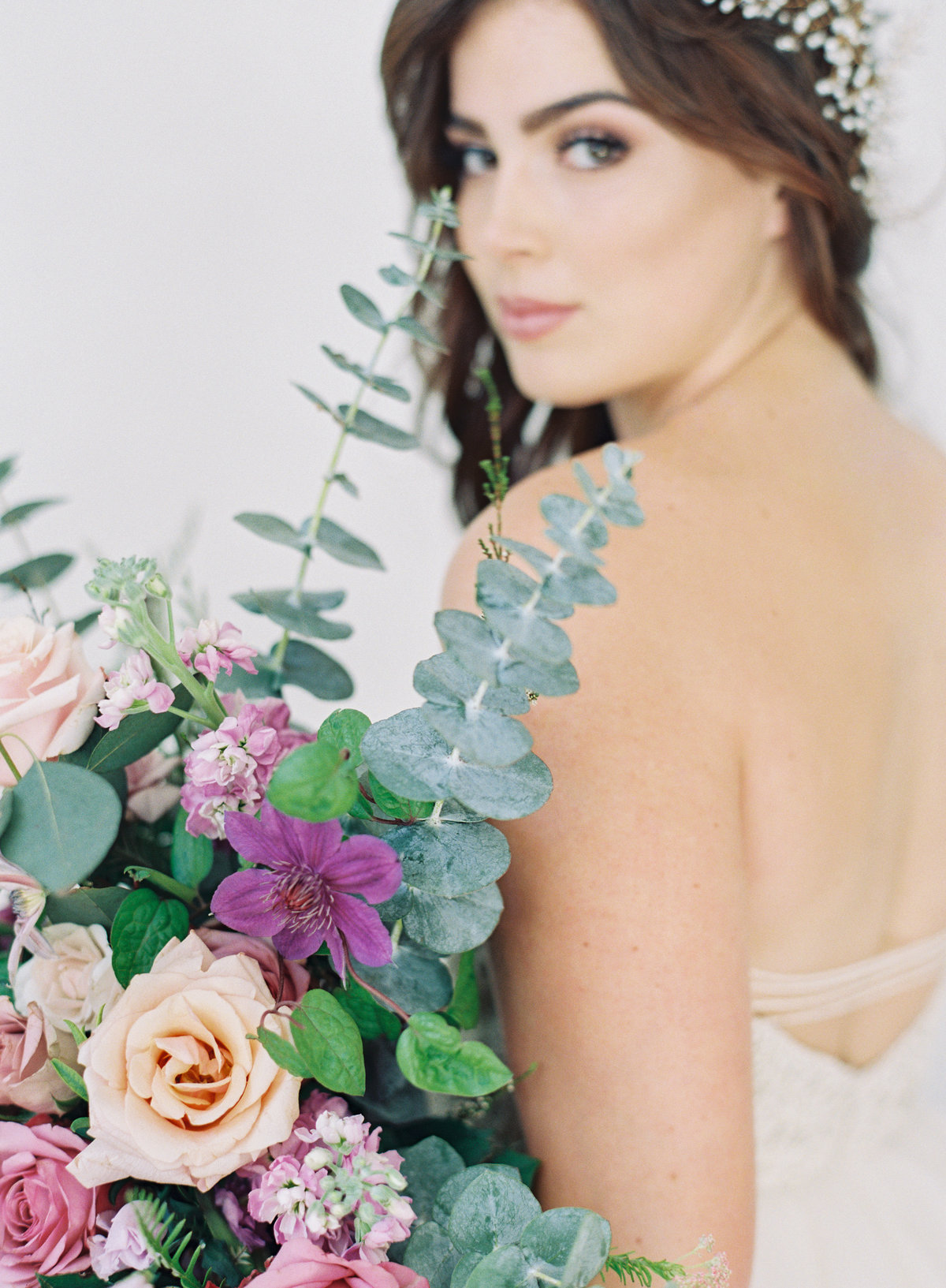 Raela is a Nashville wedding planner with a heart for intentional, romantic wedding design.