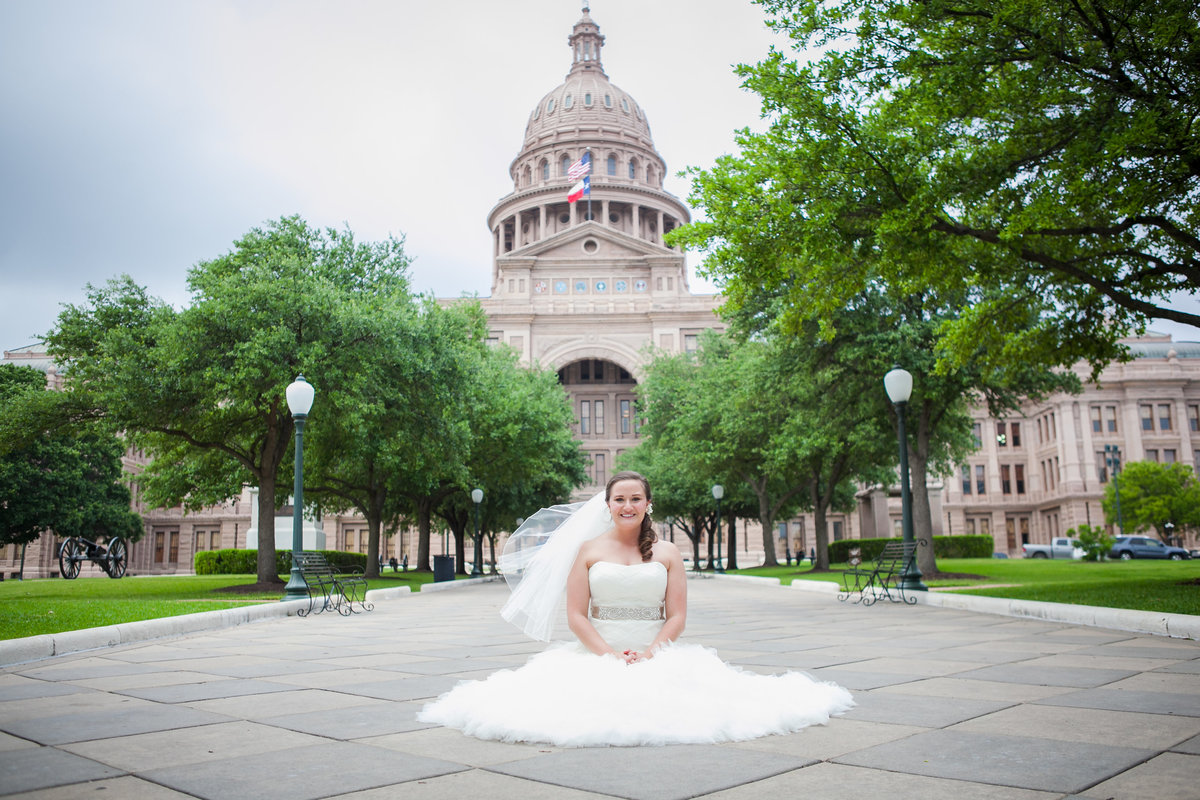 Austin Family Photographer, Tiffany Chapman, bride in front of capital photo