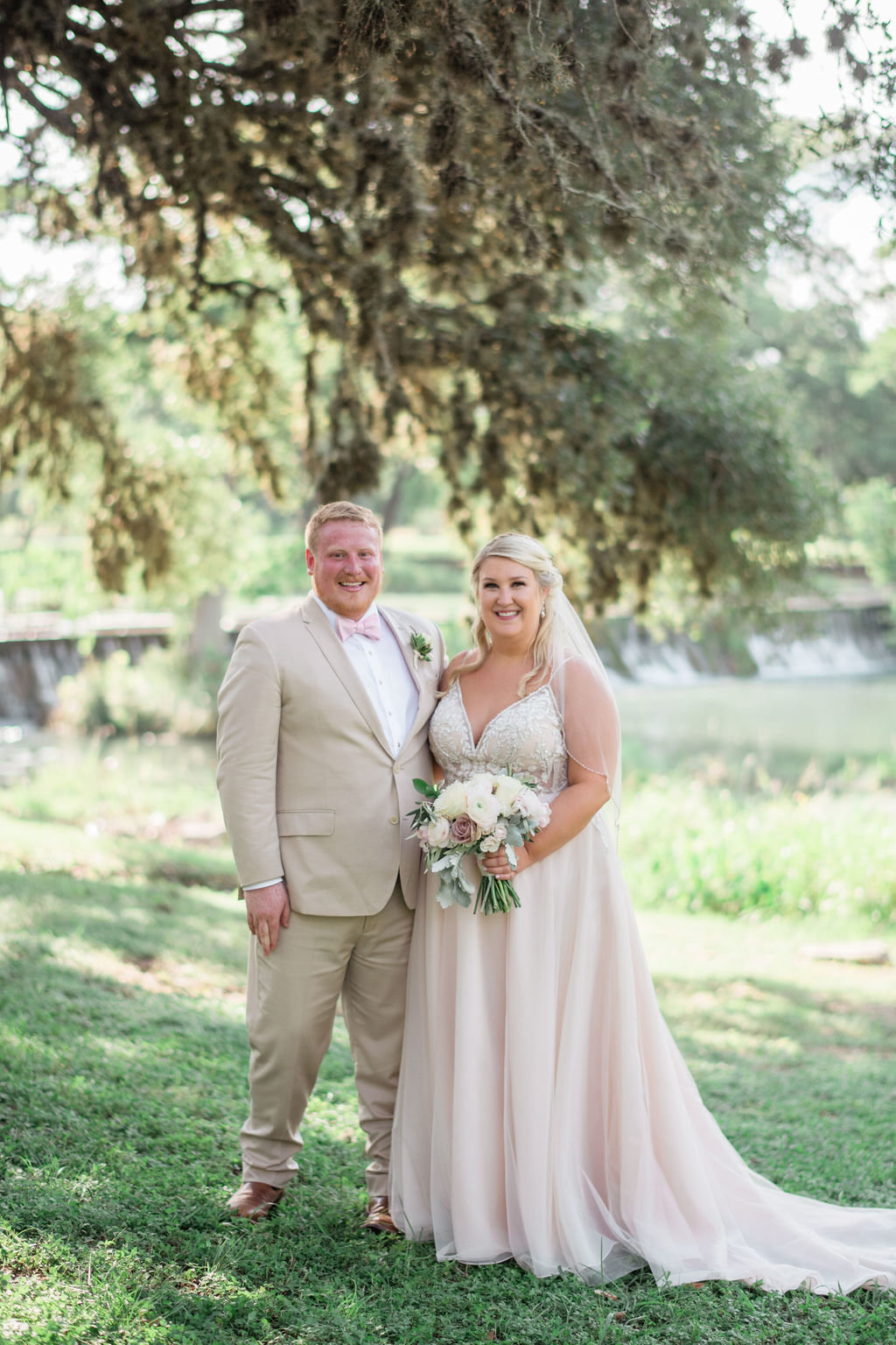 Hannah&JeremyWedding-Bride&Groom-AprilMaeCreative-11