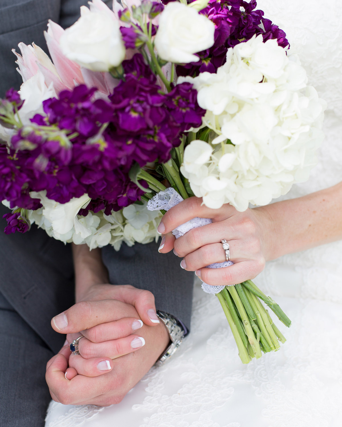 flowers-hands-mountain-wedding