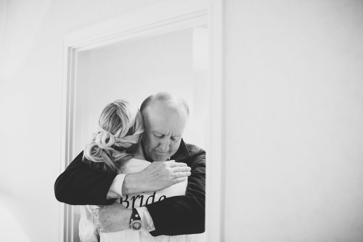bride hugging father dad