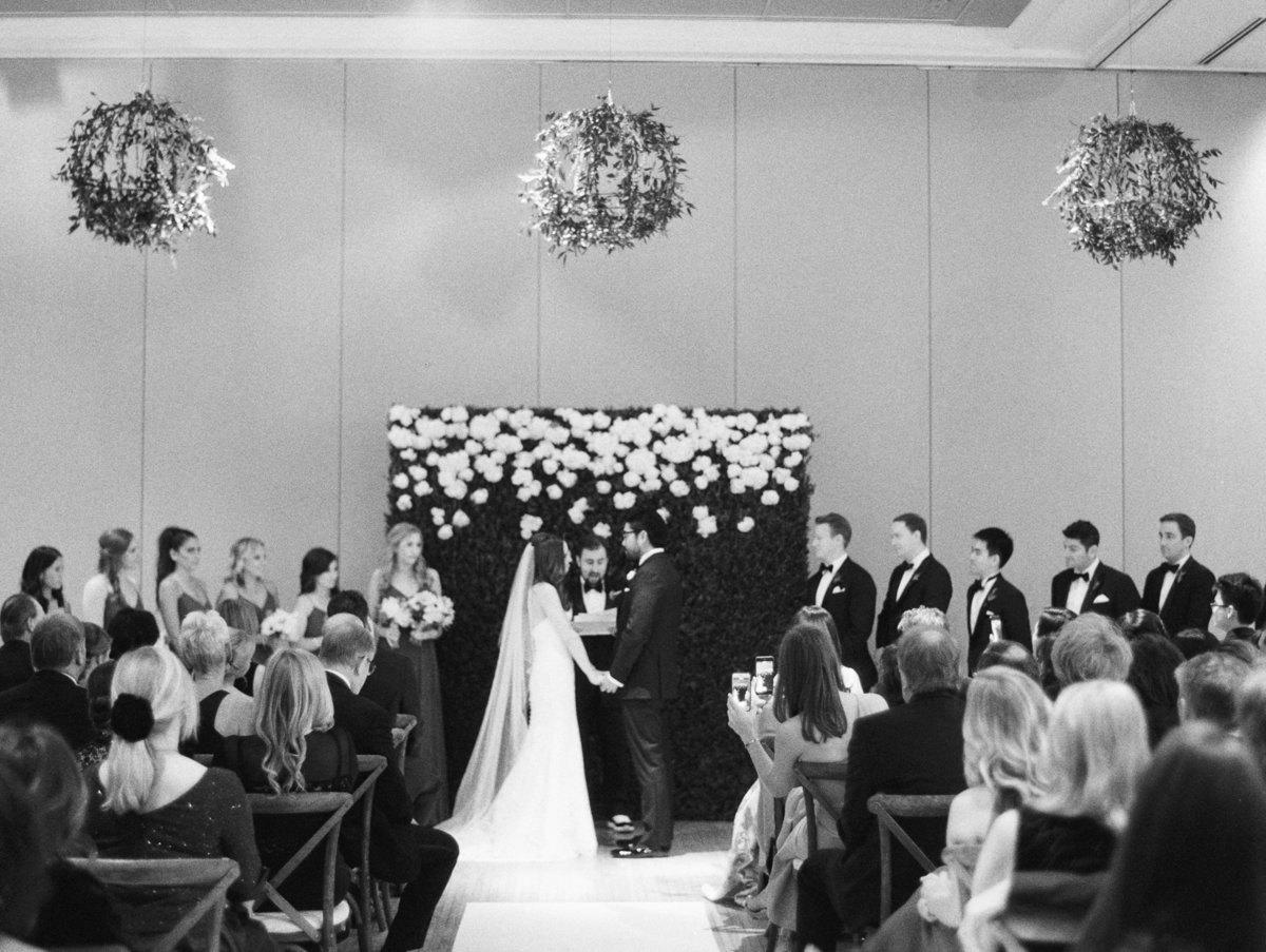 Life in Bloom Best Chicago Wedding Florist Ivy Room12