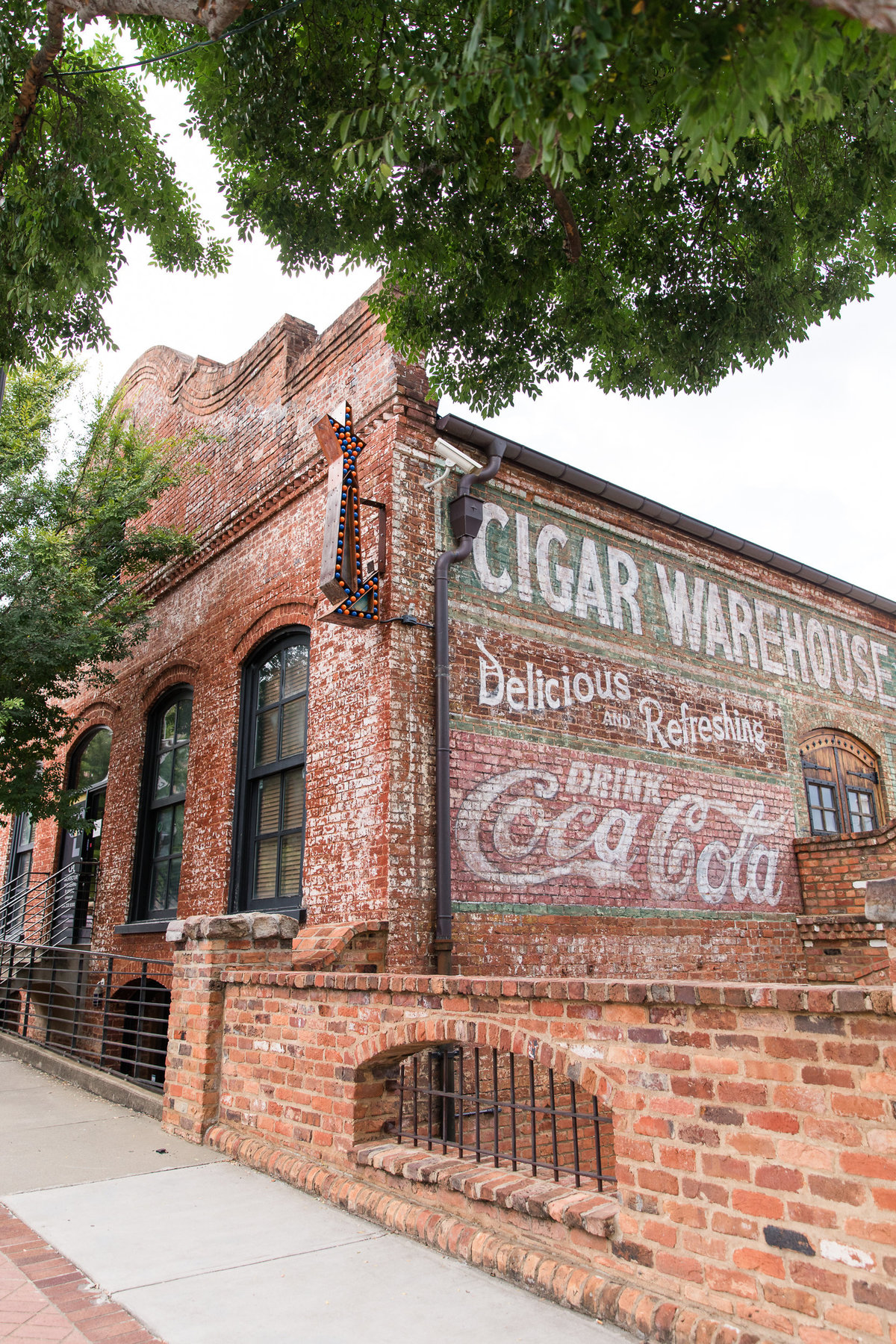 Old-Cigar-Warehouse-Wedding-Photographer-Greenville-SC-34