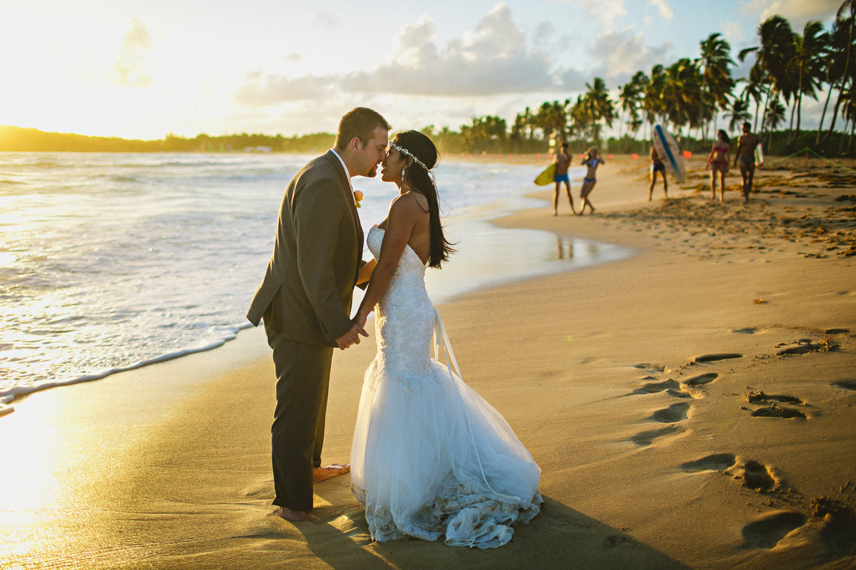 punta_cana_canada_intimate_wedding_dress_photographer_katya_nova_040