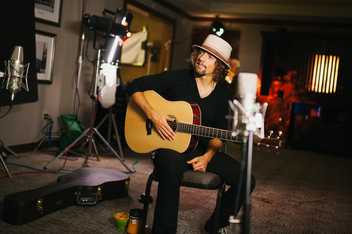 miami-brisbane-los-angeles-destination-jason-mraz-photojournalist-celebrity-artist-photographer-3-little-words-studio-021