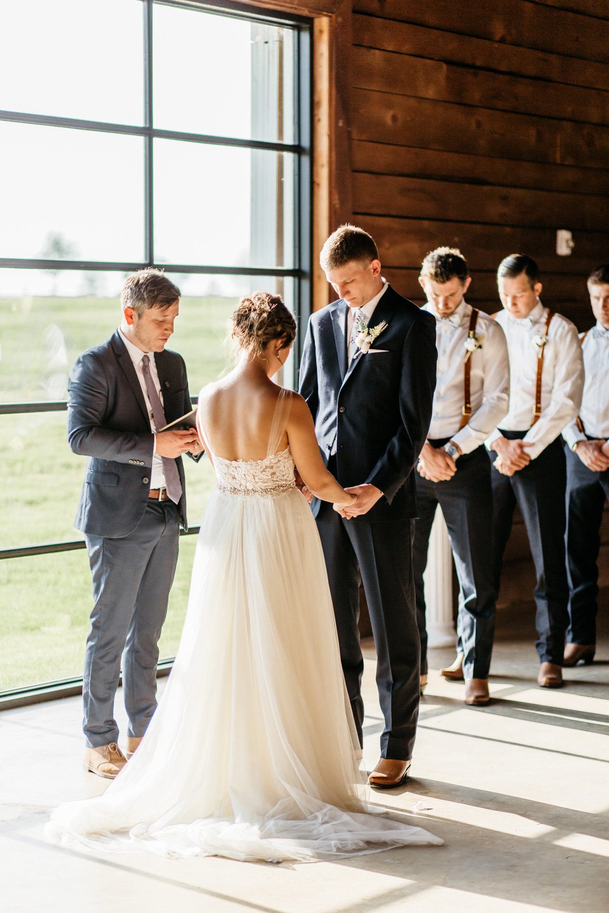 Alexa-Vossler-Photo_Dallas-Wedding-Photographer_North-Texas-Wedding-Photographer_Stephanie-Chase-Wedding-at-Morgan-Creek-Barn-Aubrey-Texas_97