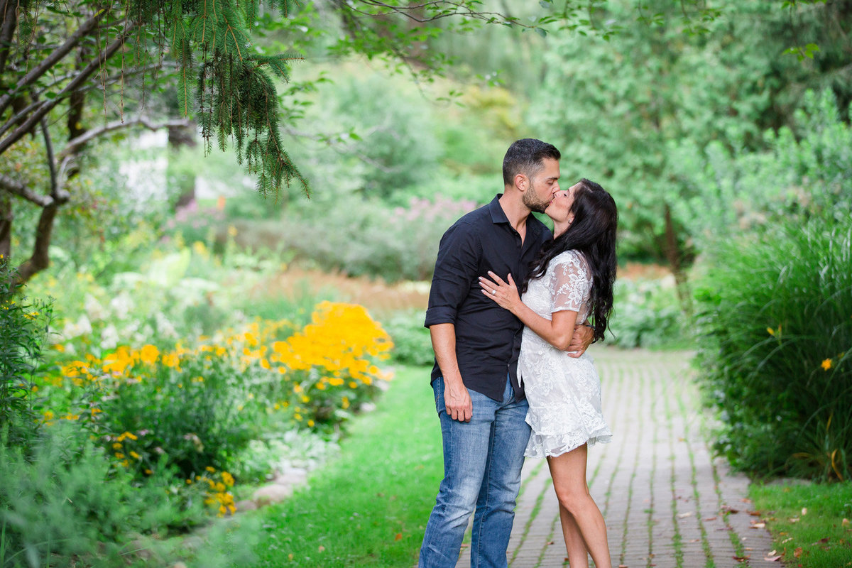 Vaughan-Ontario-Engagement-Photographer50