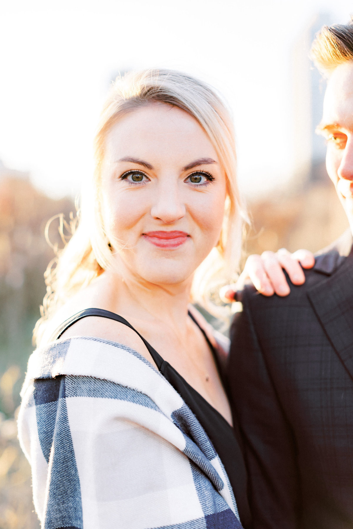 TiffaneyChildsPhotography-ChicagoWeddingPhotographer-AnneMarie+Connor-LincolnParkNatureBoardwalkEngagementSession-43