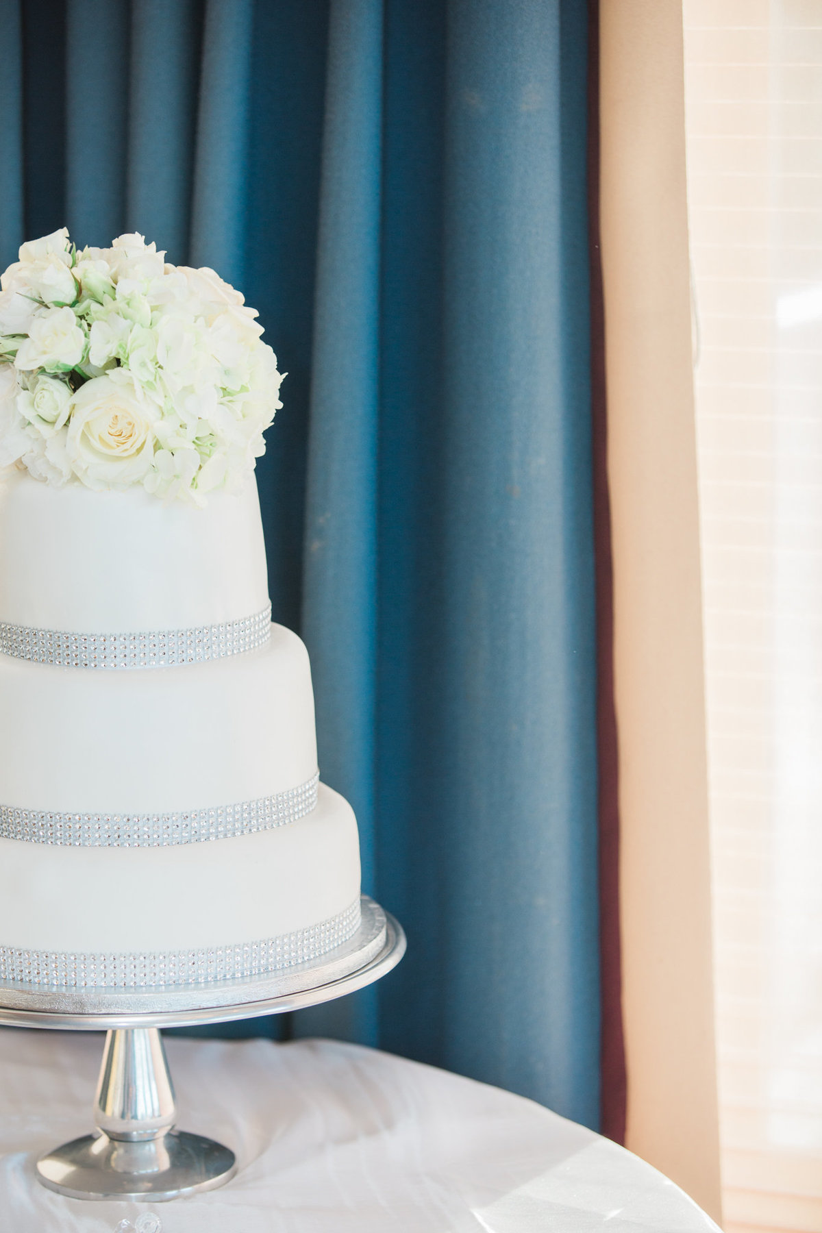 Cake at  Vancouver Yacht Club wedding