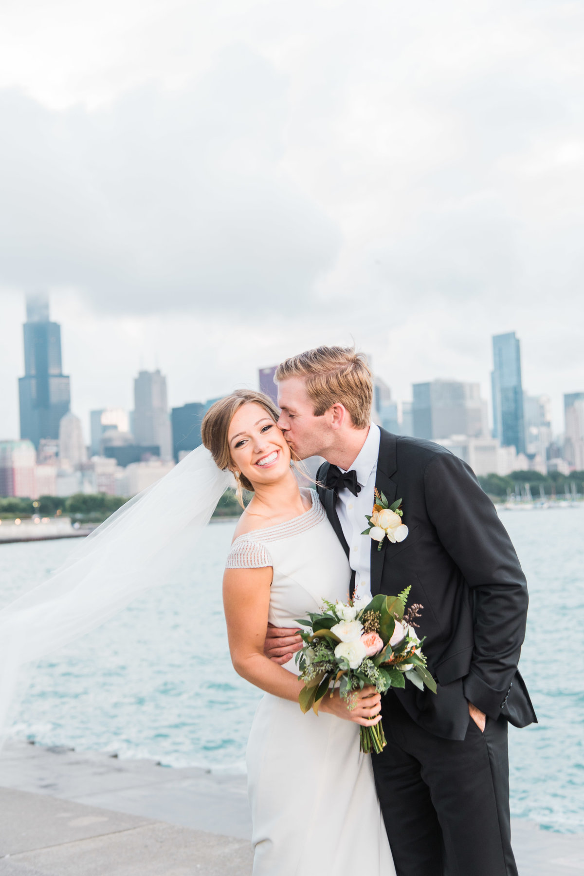 dallas-fort-worth-wedding-photographer-steph-erffmeyer-gray-door-photography11