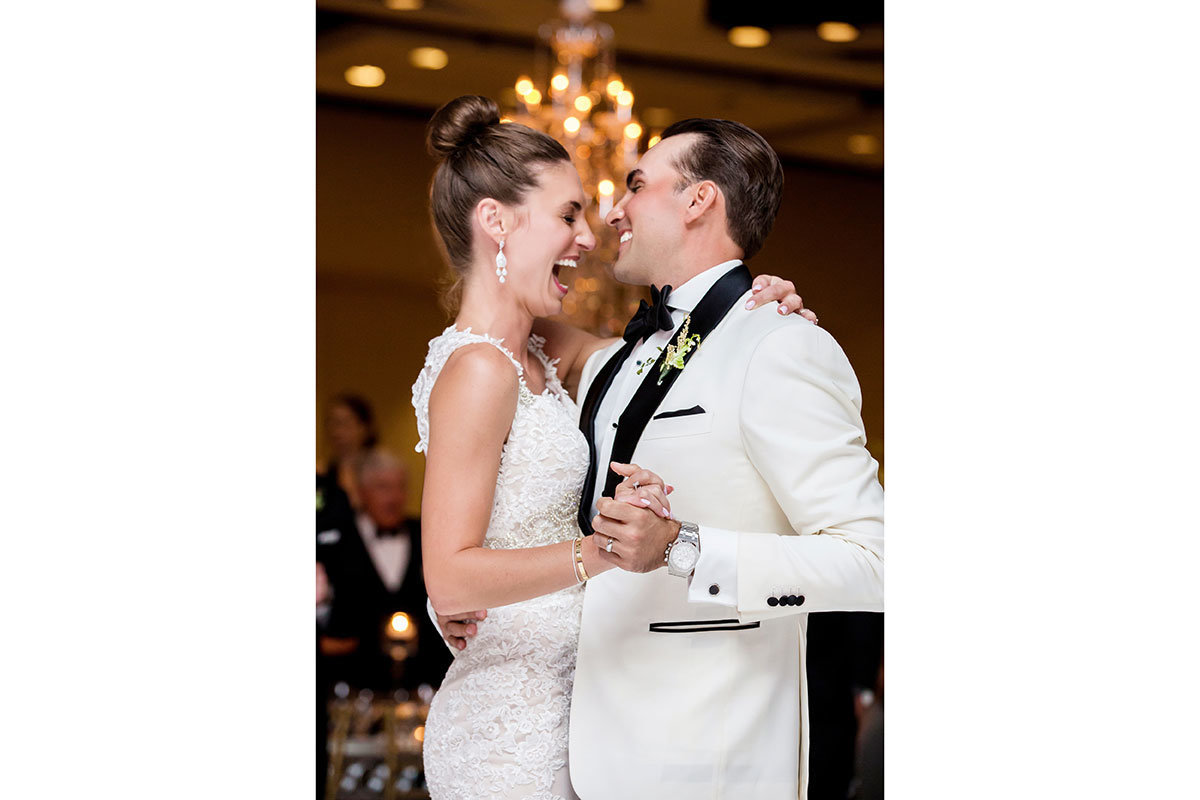 ritz carlton naples first dance wedding photo