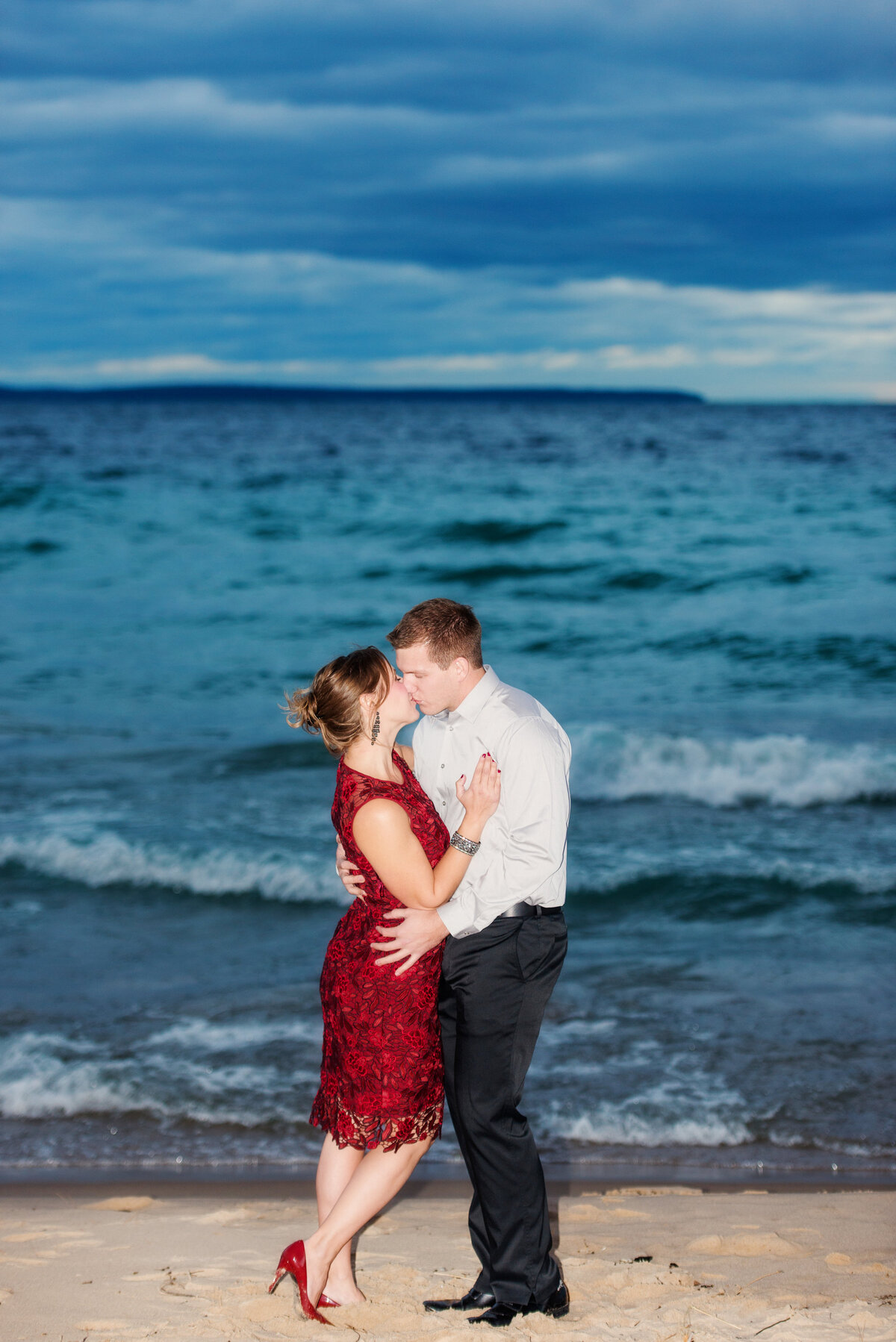 traverse-city-michigan-engagement-wedding-photography-14