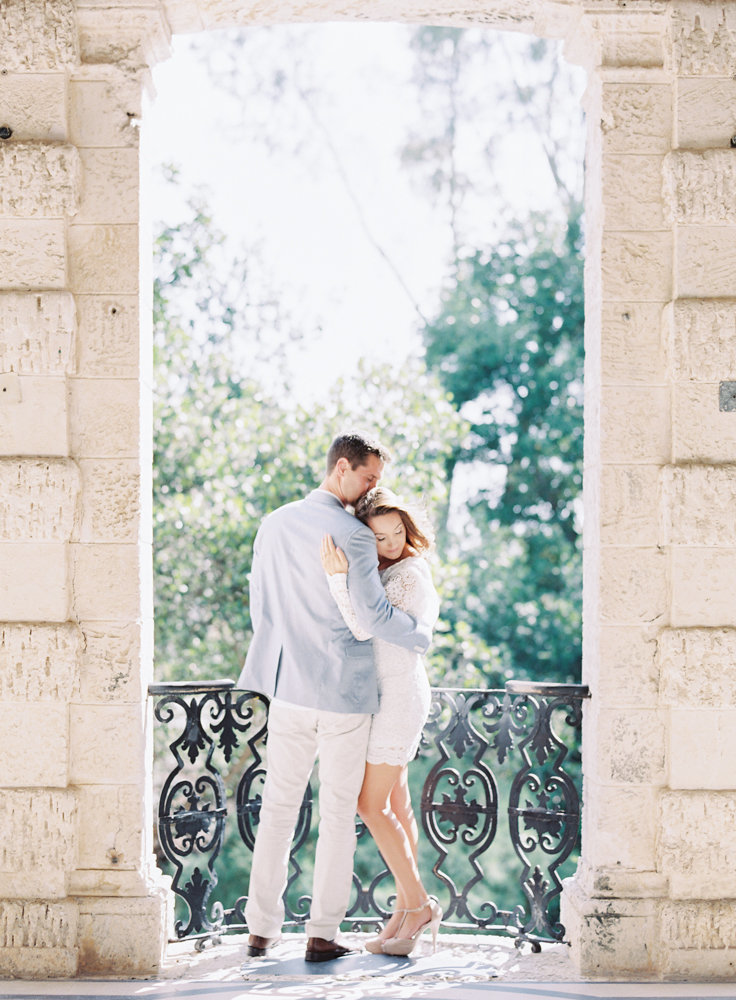 kayla_jon_vizcaya_sailboat_engagement_session_melanie_gabrielle_photography_86