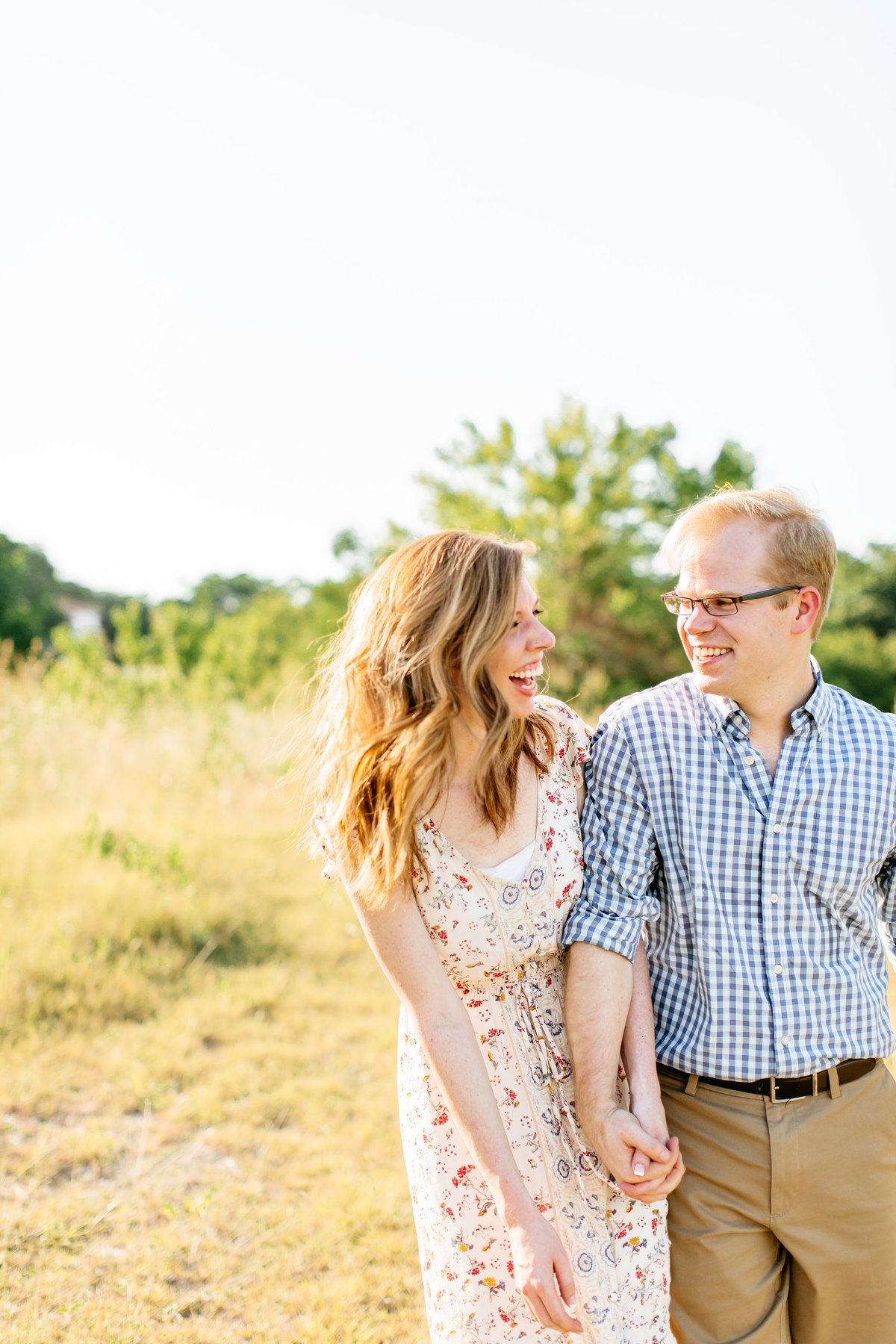 Alexa-Vossler-Photo_Dallas-Engagement-Photographer_Engagement-Photoshoot-at-White-Rock-Lake_Stacey-David-1
