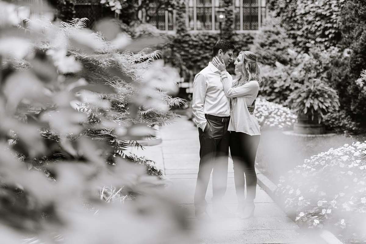 boston-public-garden-beacon-hill-boston-wedding-photographer-engagement-photo_0023