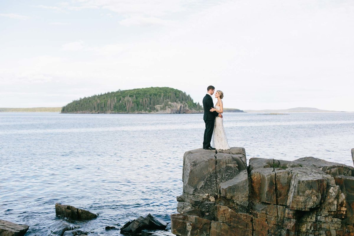 Bar Harbor Maine Wedding Photographers Acadia Mount Desert Island ocean outdoor bride groom Image I am Sarah V Photography