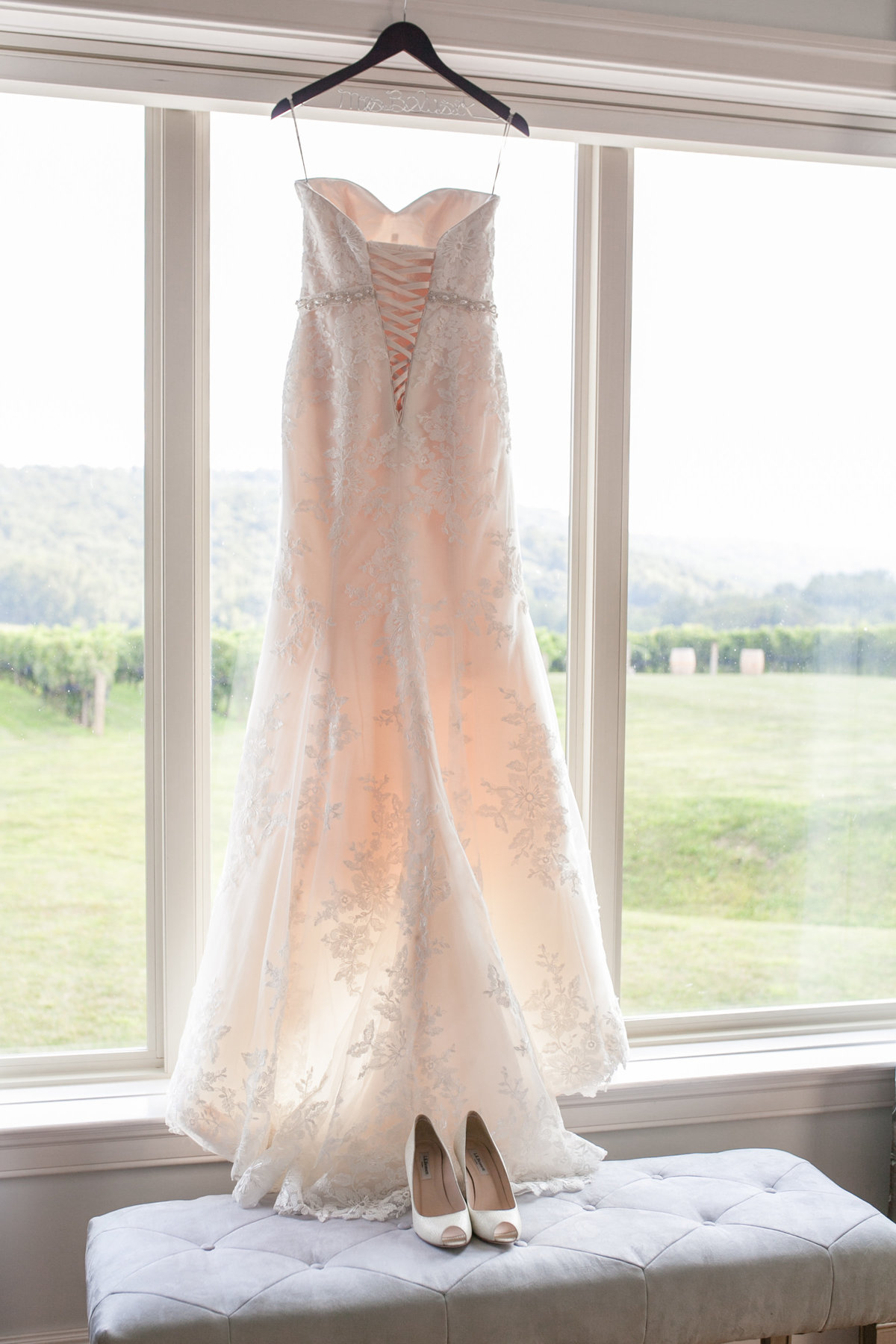 Angela-and-Scott-Wedding-BridalDetails-22