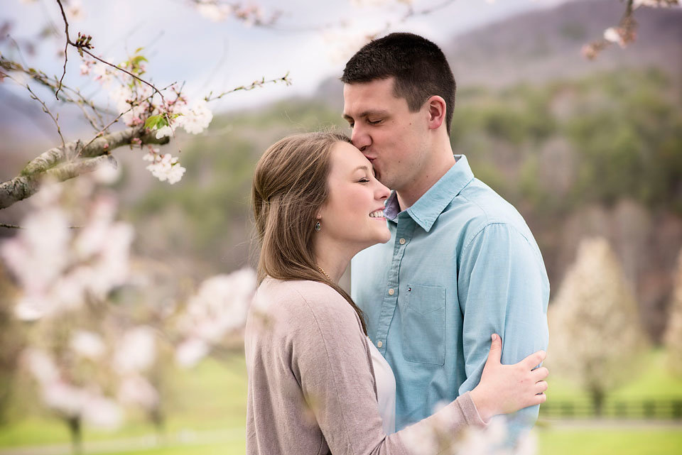 engagement_photo_spring_georgia