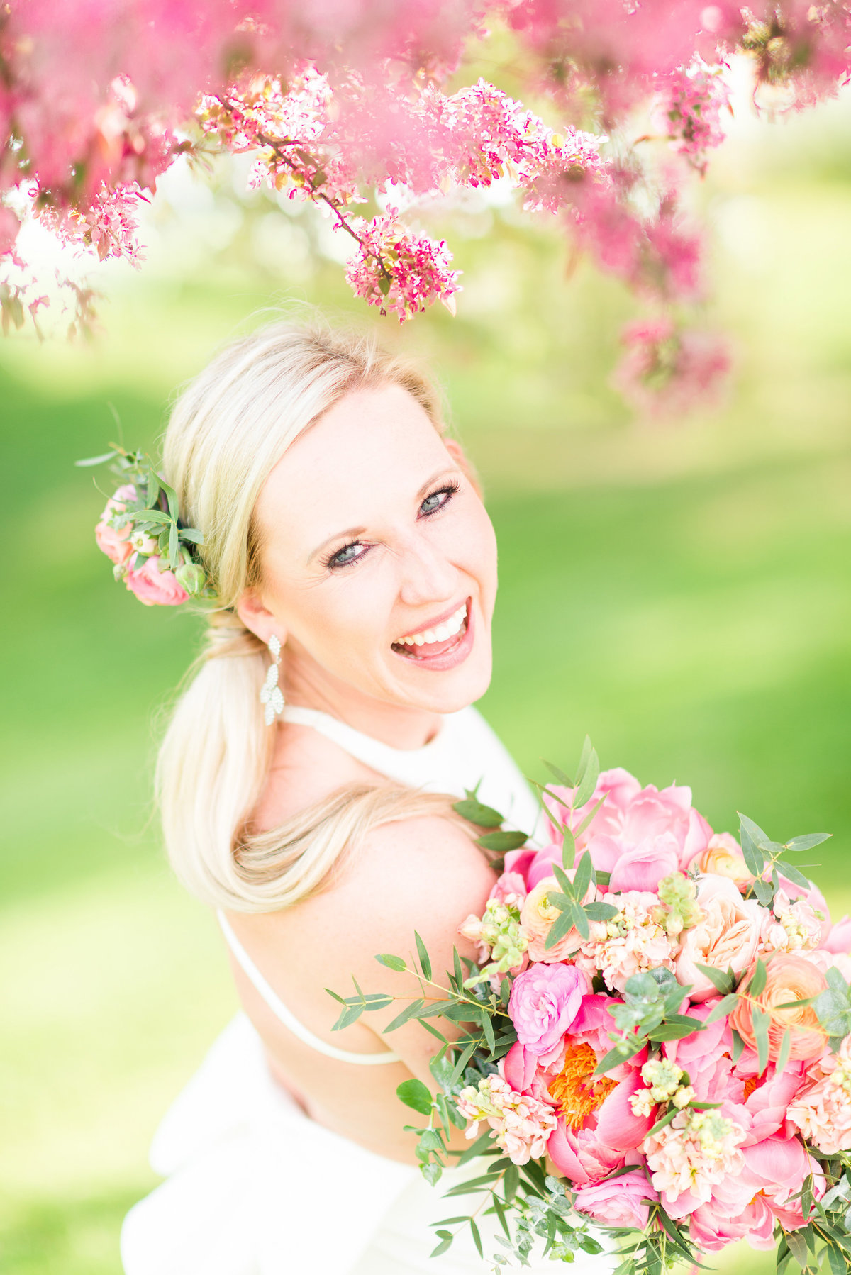 wedding photographers traverse city