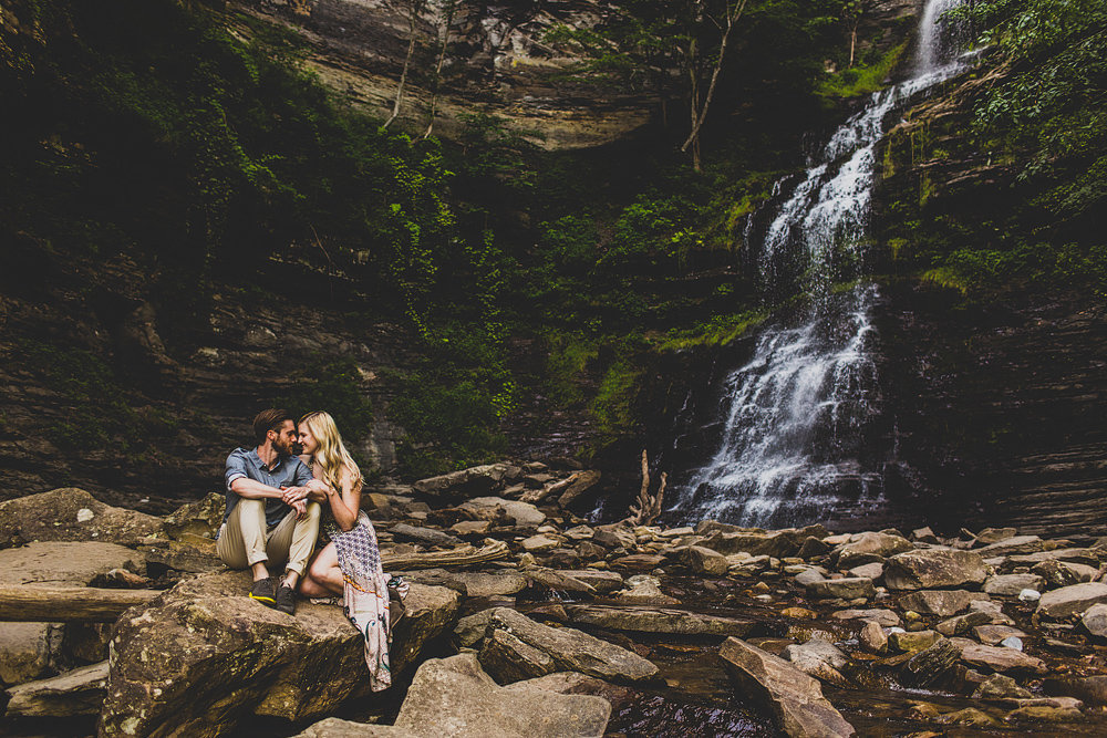 Pittsburgh-Wedding-Photographer-Julie-David100