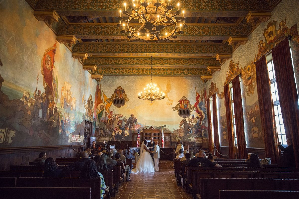 015-santa-barbara-courthouse-mural-room-wedding