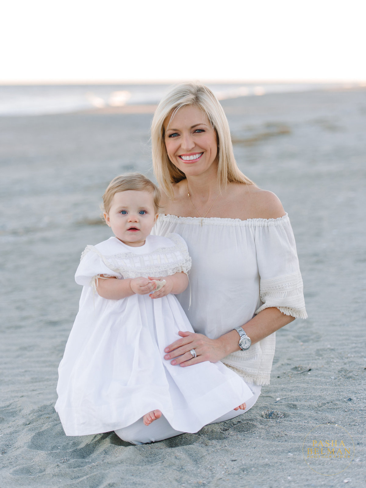 Family Pictures | Myrtle Beach Family Photography Ideas | What to wear to your family session in Myrtle Beach-9